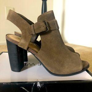 Used Nine West Peep Toe Ankle Bootie